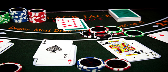 Play and win poker gambling with domino qiu qiu