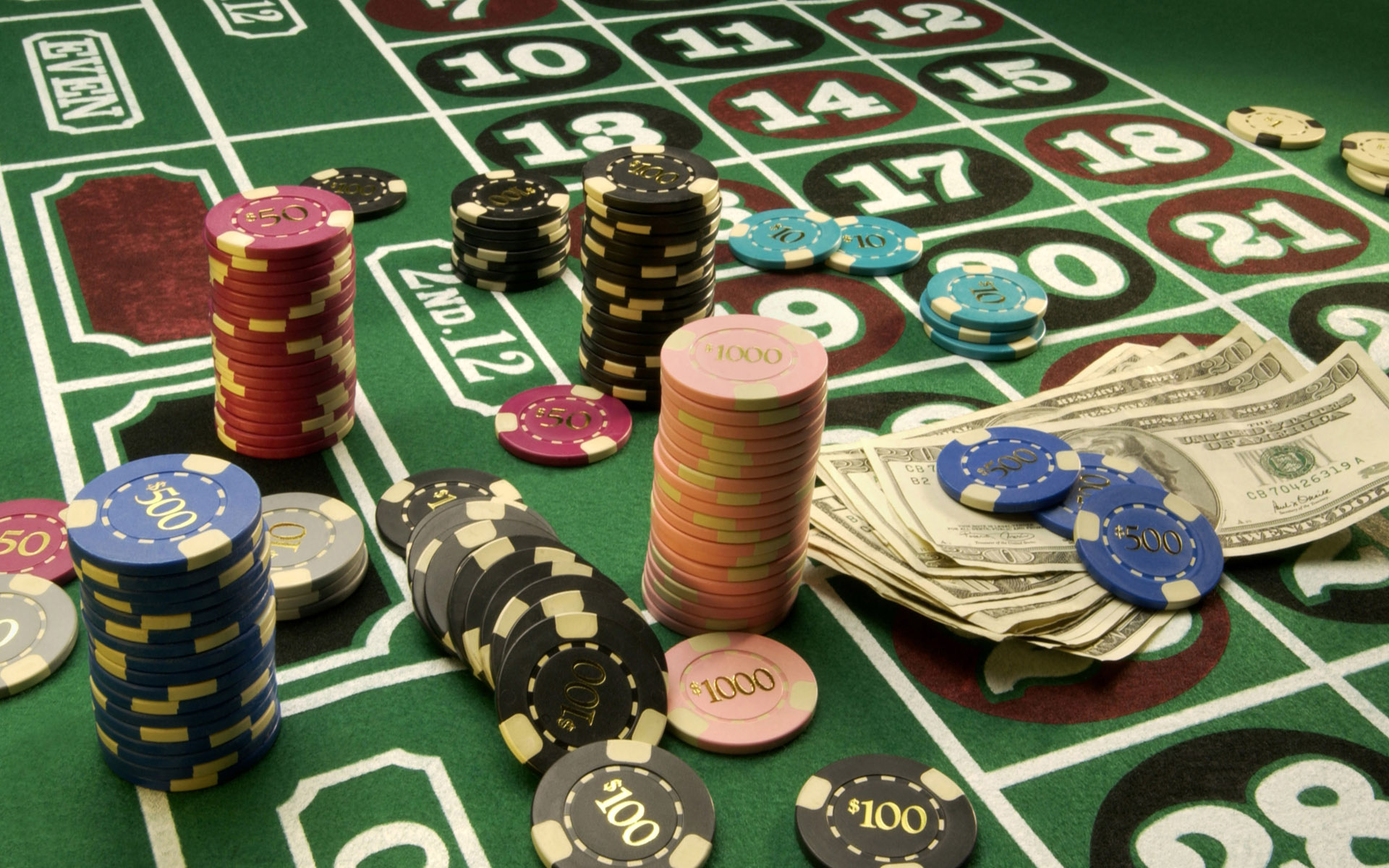 Free Online Poker Guide To The Art Of Winning By Keeping Poker Simple