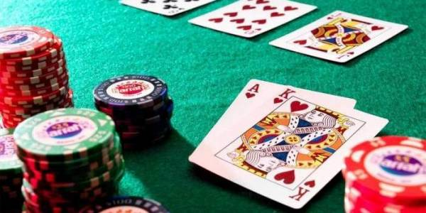 Guide On How To Play Various Poker Online Games: Agen Bola Terpercaya