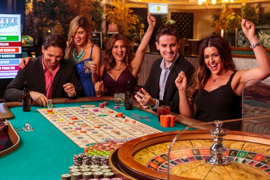 Play the best slot machine on online and get outstanding benefits