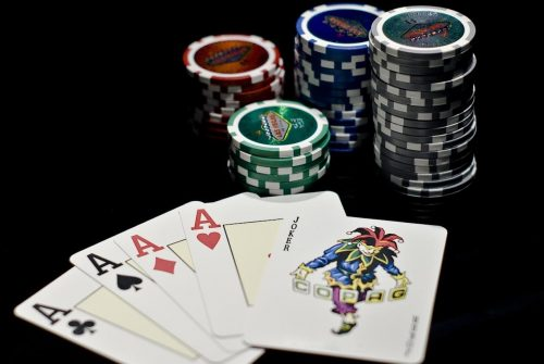 Make Money Online By Playing Casino Games