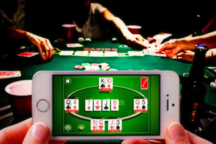 Increasing the Efforts of an Expert in Playing Poker Online