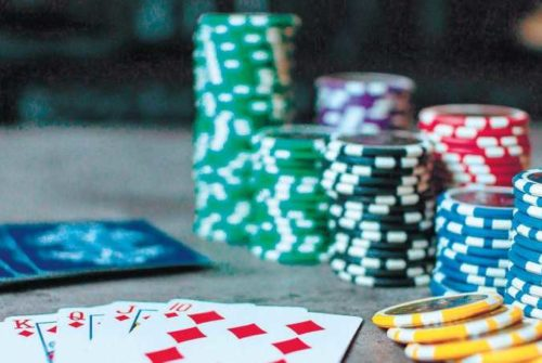 How to play at judi poker or online poker
