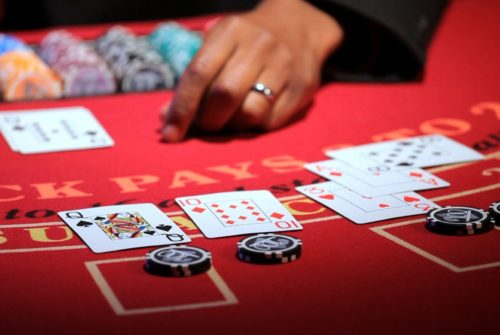 Follow these tips to get bonuses on online casinos