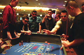 Which is a better virtual casino or a physical casino?